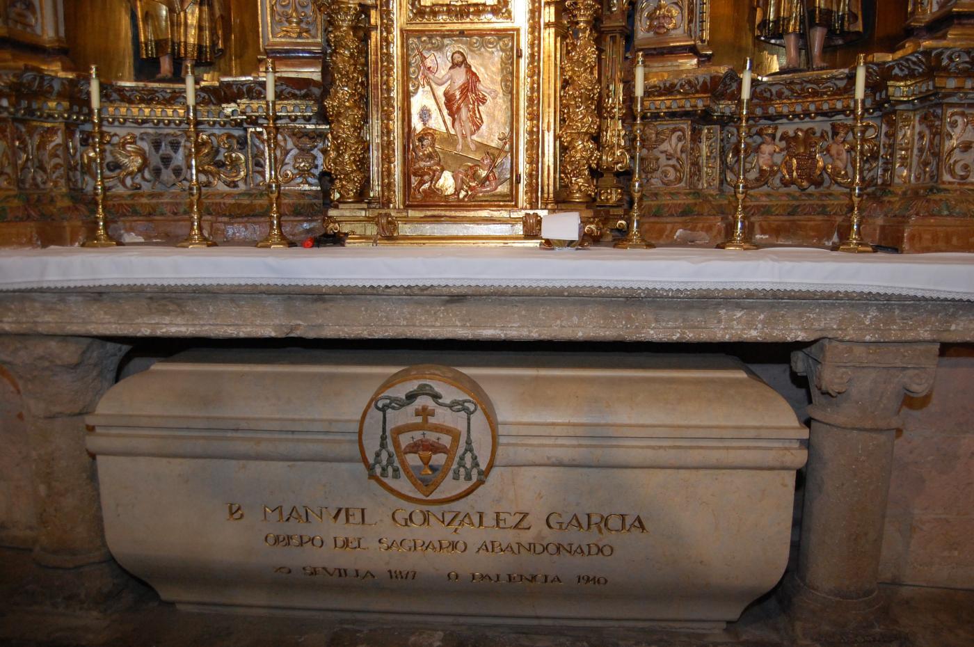 Tumba del próximo santo D. Manuel González, en la Catedral de Palencia