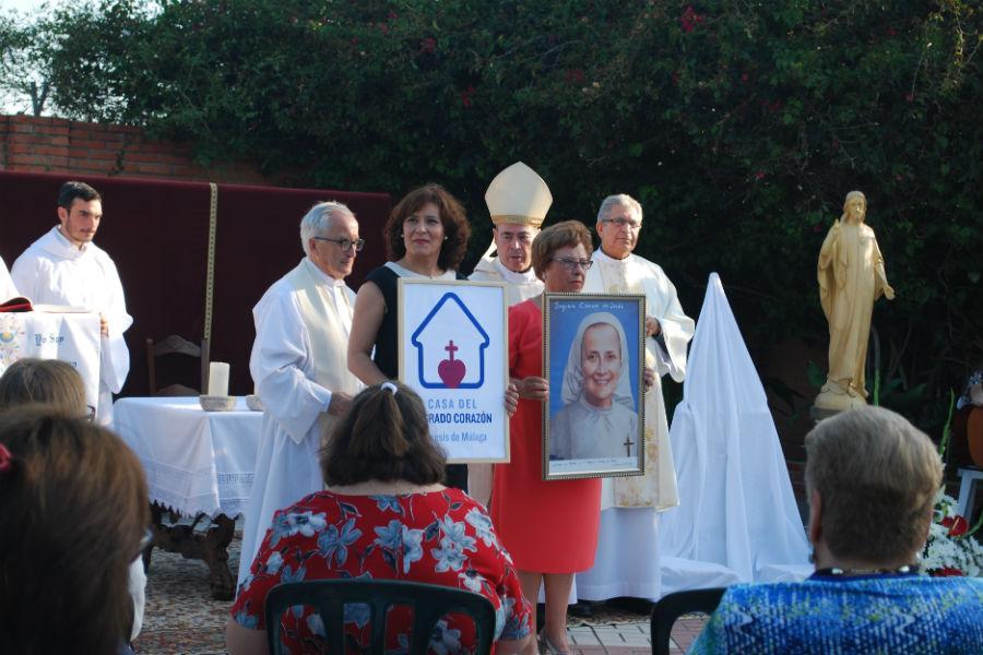 Celebración en la Casa del Sagrado Corazón   · Autor: B. Lafuente