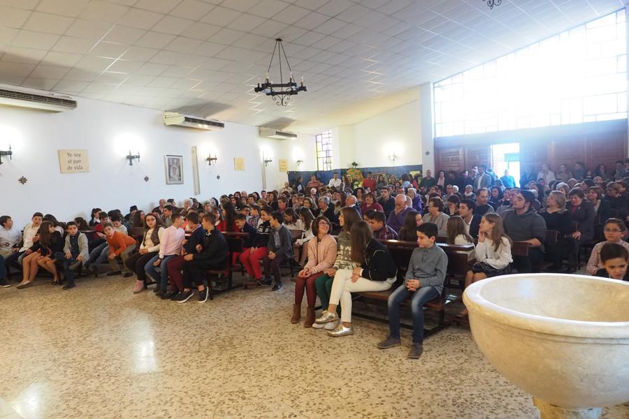 Confirmaciones en la parroquia de San Sebastián, en Coín