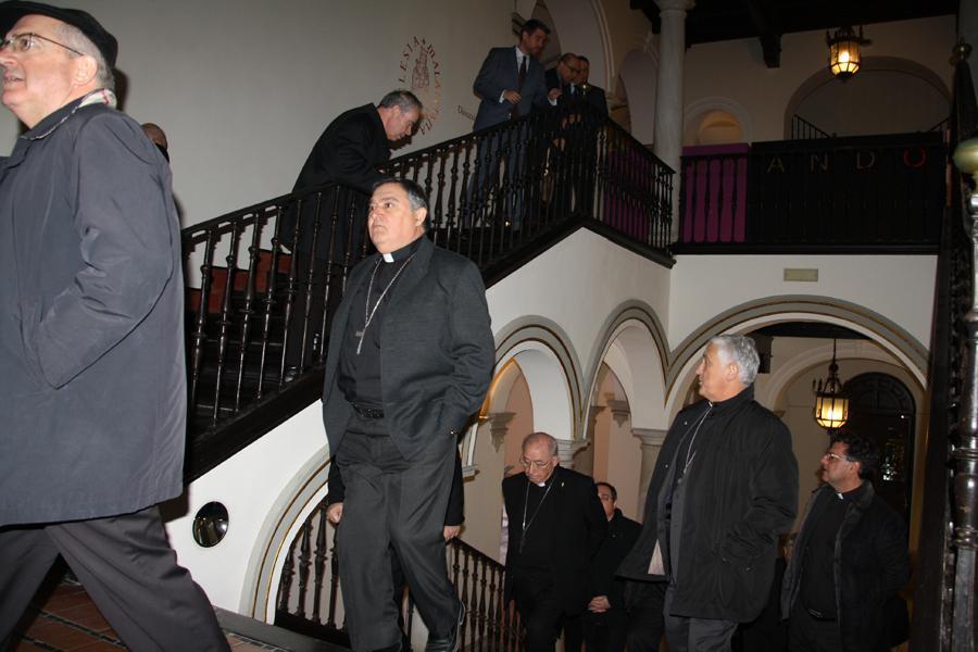 Obispos de Sur de España visitan la exposición sobre Fernando Ortiz, en ArsMálaga Palacio Episcopal // E. LLAMAS