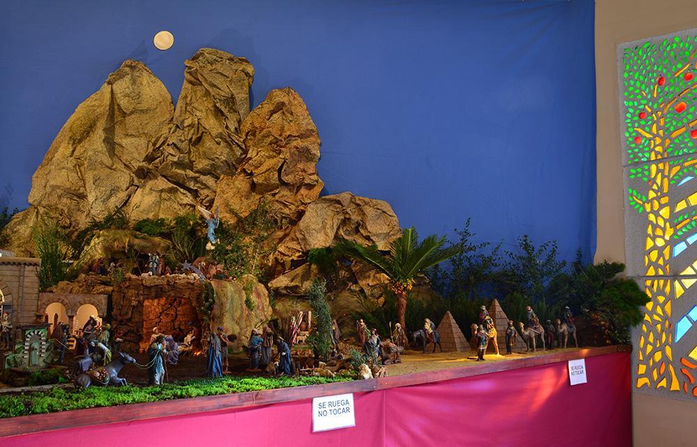 Parroquia de Nuestra Sra. de los Dolores del Puerto de la Torre, montaje por Felix Monje