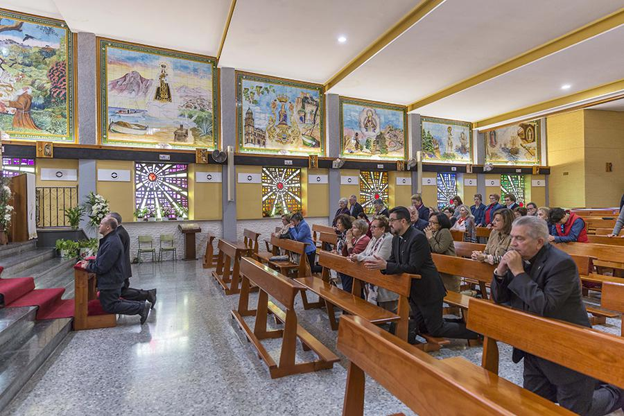 on Jesús Catalá visita la parroquia de la Divina Pastora de Marbella, durante la Visita Pastoral al arciprestazgo de Marbella-Estepona