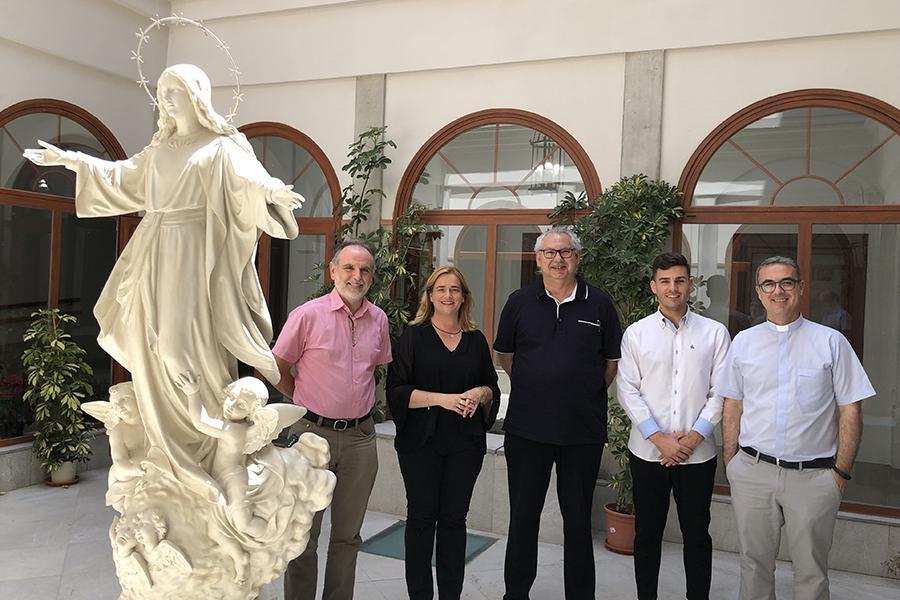 De izquierda a derecha: Pedro Leiva, Encarni Llamas, Antonio Martín, Salvador Galán y Salvador Gil