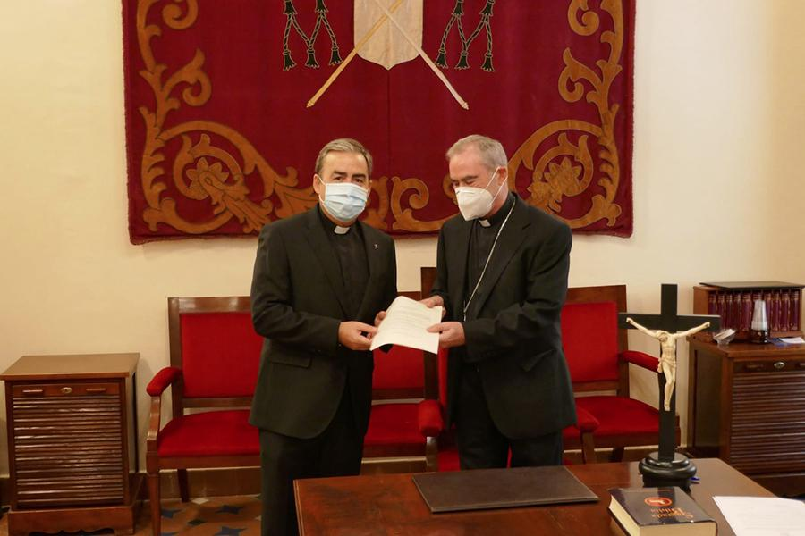 Jura y profesión de fe de tres nuevos vicarios episcopales // T. CORPAS