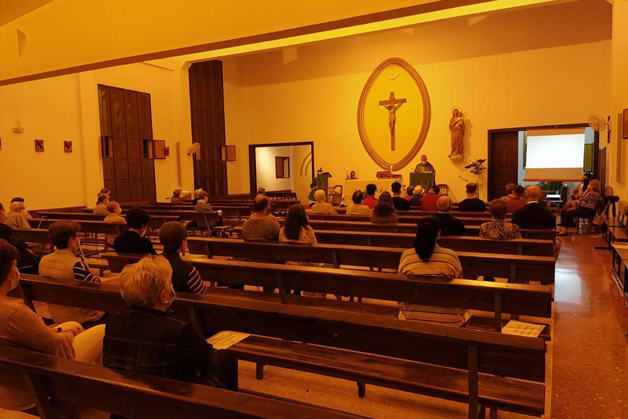 Visita Pastoral del Sr. Obispo, D. Jesús Catalá, a la parroquia Nuestra Señora de Flores del arciprestazgo Cristo Rey // P. MILLÁN