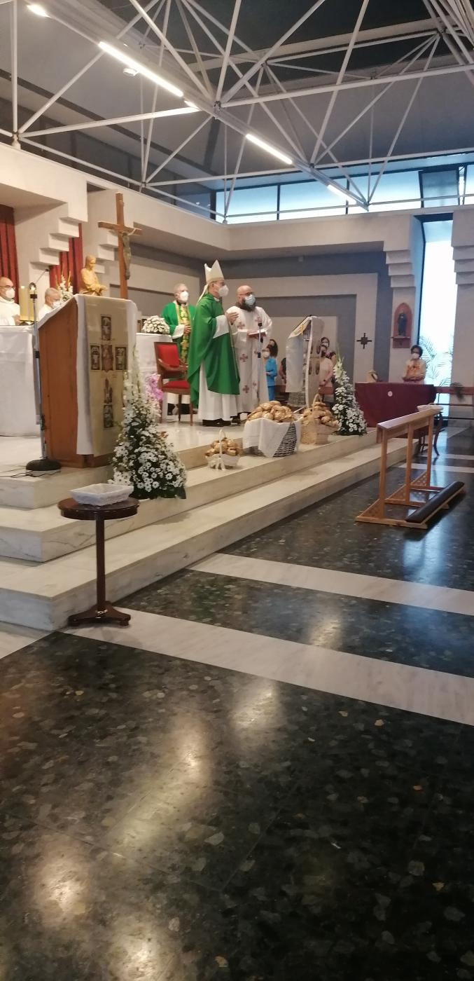 Visita Pastoral del Sr. Obispo a la parroquia de San Antonio de Padua, en Vélez-Málaga // A. REYES