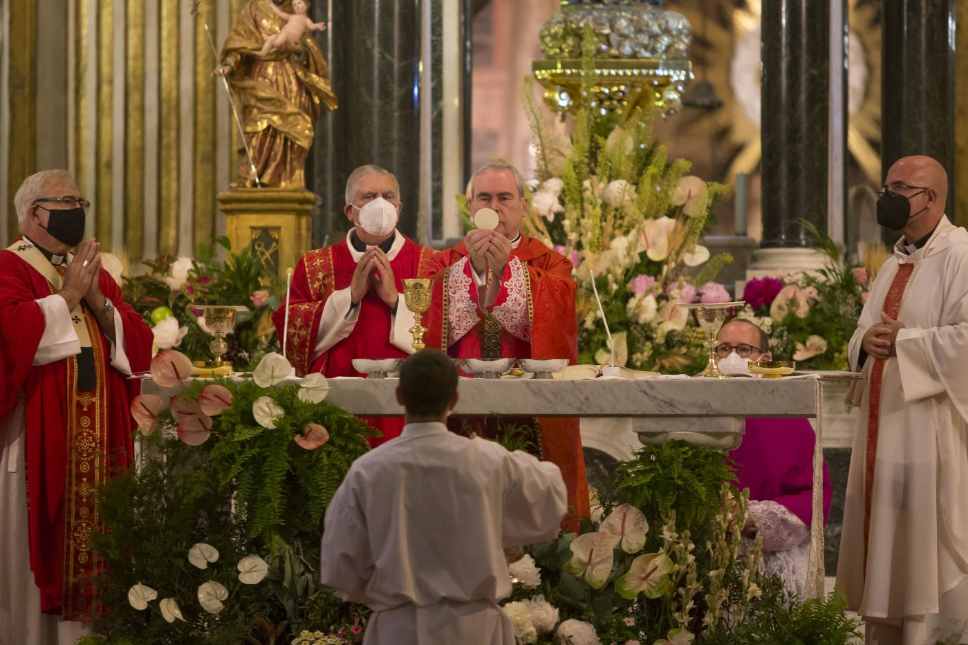 Solemne Eucaristía con motivo del 25 aniversario de la ordenación episcopal de D. Jesús Catalá // A. CABRERA